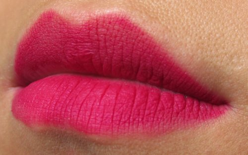 P2 perfect Look! lip liner Dark pink