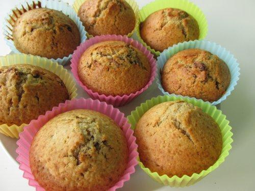 Kruidige muffins met gedroogde vruchten