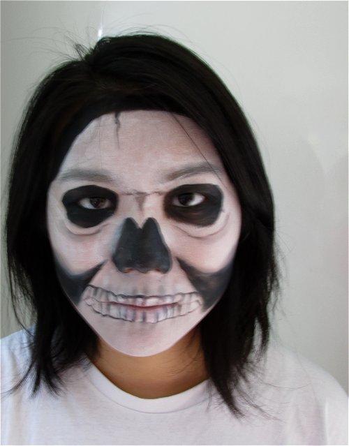 Bare skull