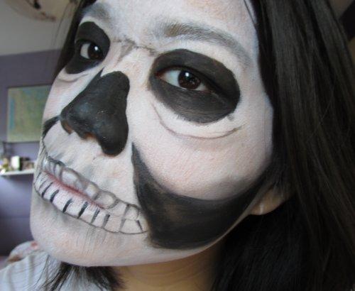 Bare skull2