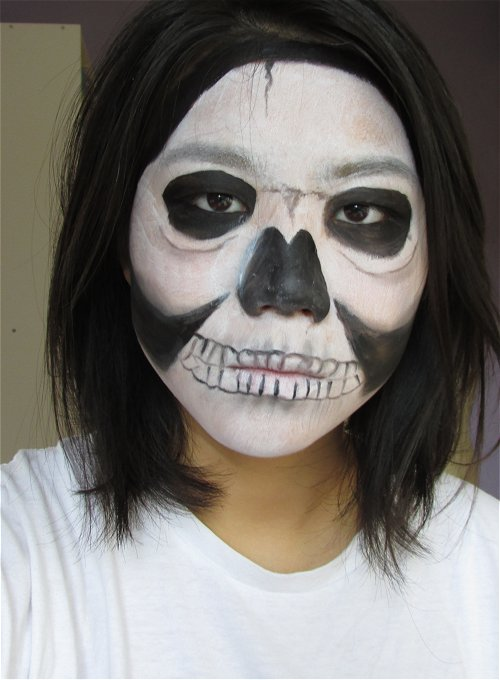 Bare skull4