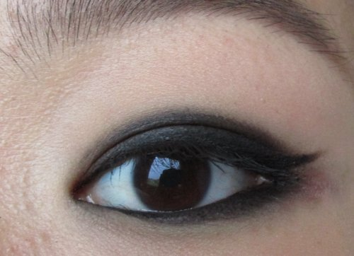 KIKO Infinity Eyeshadow 295 Mat Intense Black 8 (1)
