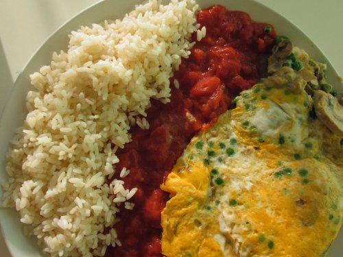 Foejonghai met rijst en tomaat1