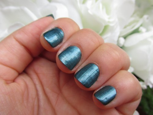 Maybelline forever strong pro Metal me teal2