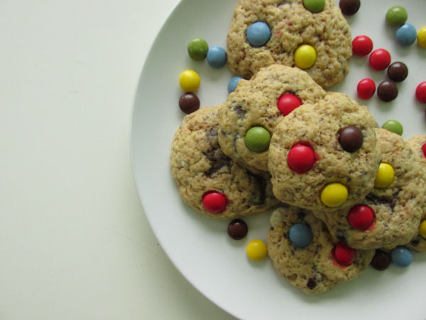 Chocolate chip smartie cookies3