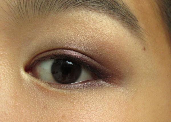 Catrice Velvet Matt eyeshadow4