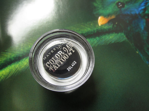 Maybelline gel cream eyeshadow 60 Timeless black2