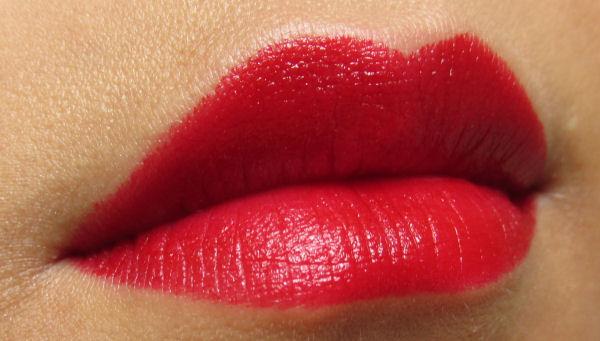 Rimmel Moisture renw lipstick Rouge Hyuna red