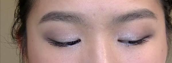 Holiday Season Makeup Tutorial (2)