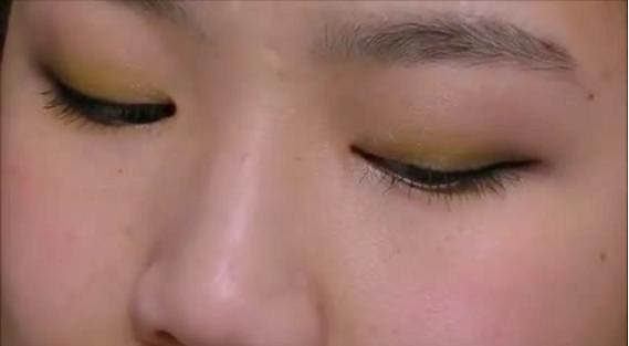 Wearable Yellow Eyeshadow1
