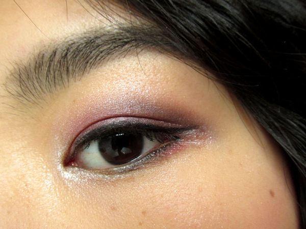Makeup Pink & Green eyes
