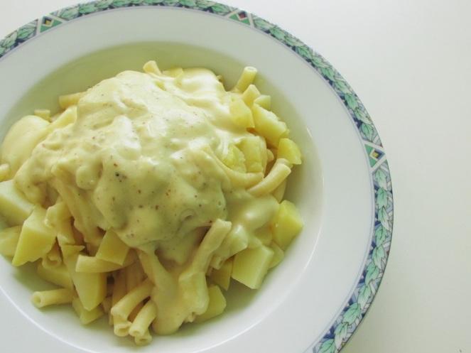 Aardappelpasta met kaas (2)