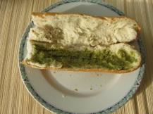 Stokbrood pesto, rucola en tomaat (2)