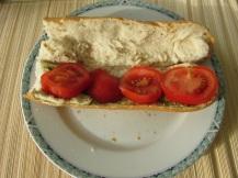Stokbrood pesto, rucola en tomaat (3)
