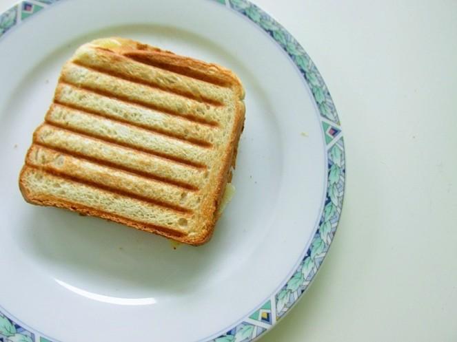 Food 4X Gezonde Vegan Ontbijt Ideeën - tosti banaan (1)
