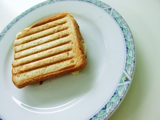 Food 4X Gezonde Vegan Ontbijt Ideeën - tosti banaan (2)