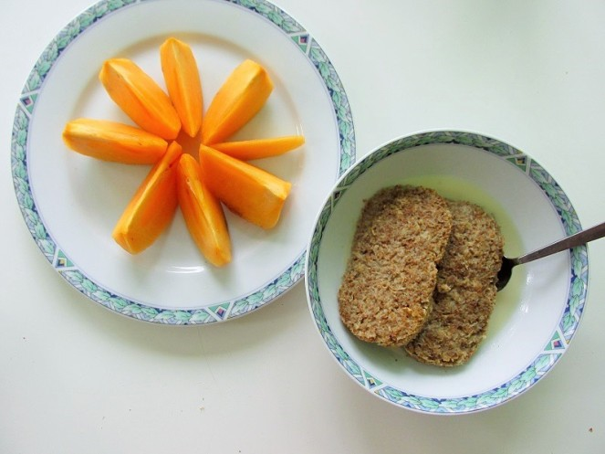 Food 4X Gezonde Vegan Ontbijt Ideeën - weetabix, kaki (1)
