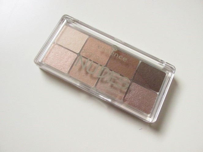 Essence All About Nudes Eyeshadow (1)