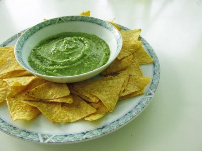 Homemade Simple Guacamole (1)