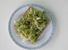 Knackebrod endive lettuce avocado