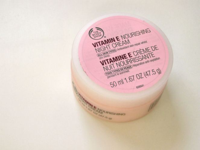 The Body Shop Vitamin E night creme (1)