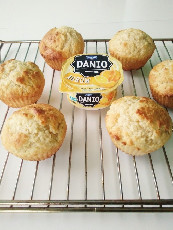 Citrus Muffins with Fresh Cheese (10)