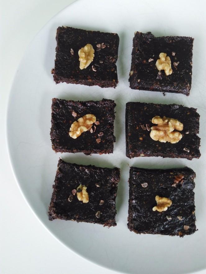 Rawvegan No Bake Brownies (3)