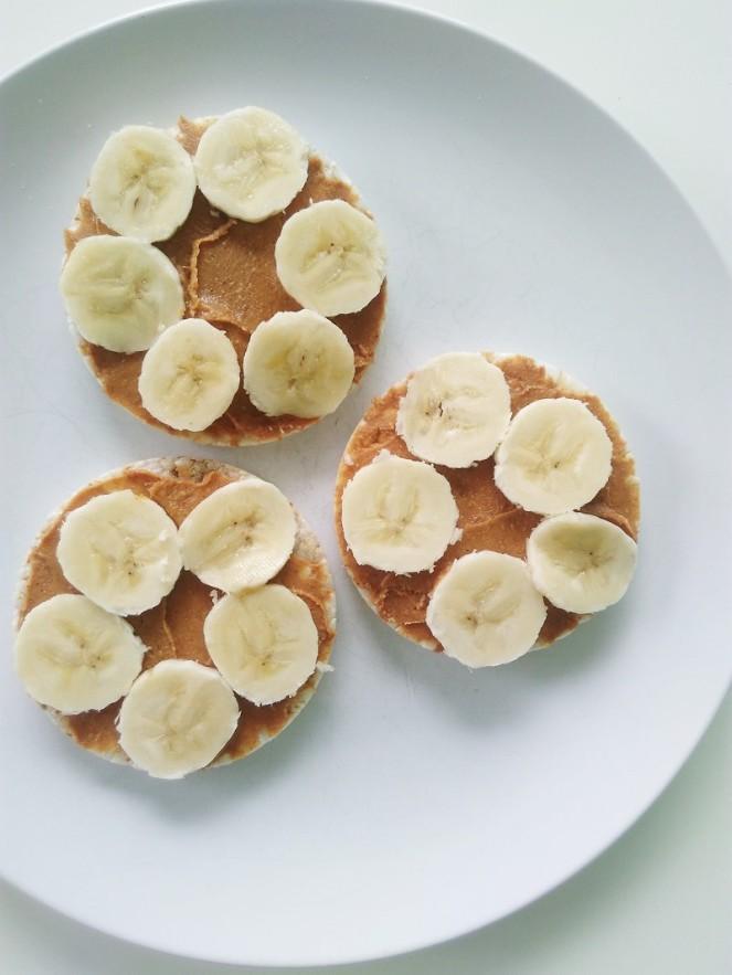 Ricecakes peanutbutter banana