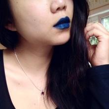 Blue lips makeup