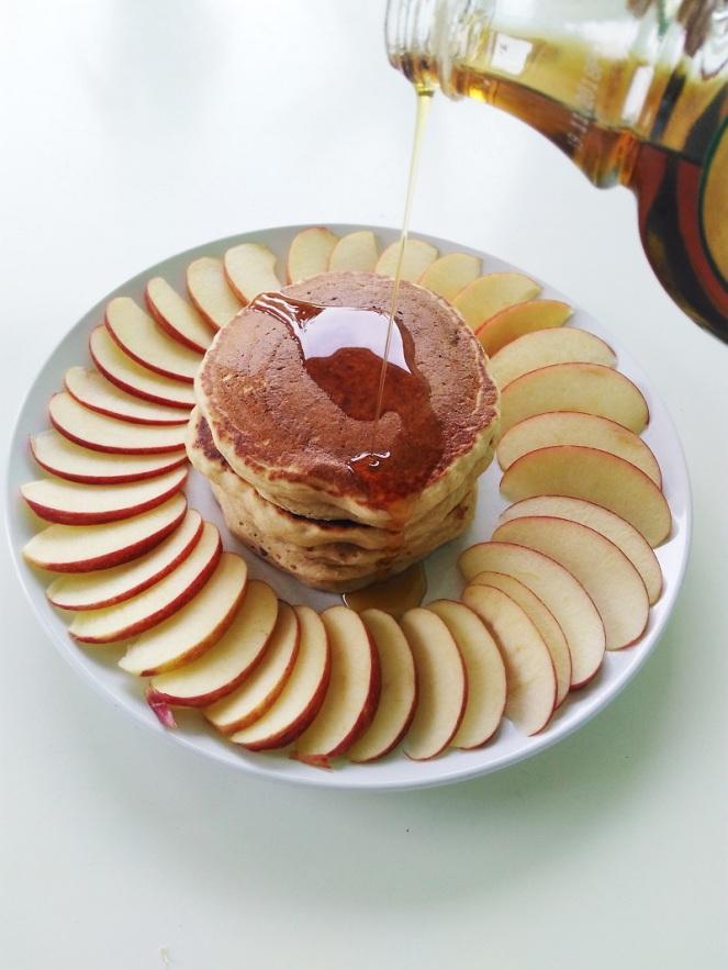 Vegan Cinnamon Apple Pancakes (10)