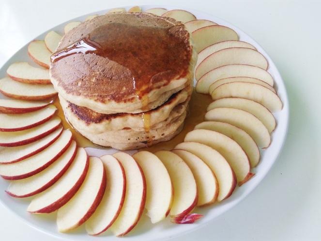 Vegan Cinnamon Apple Pancakes (11)