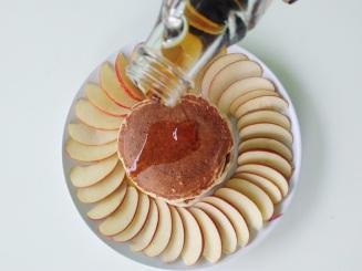 Vegan Cinnamon Apple Pancakes (7)