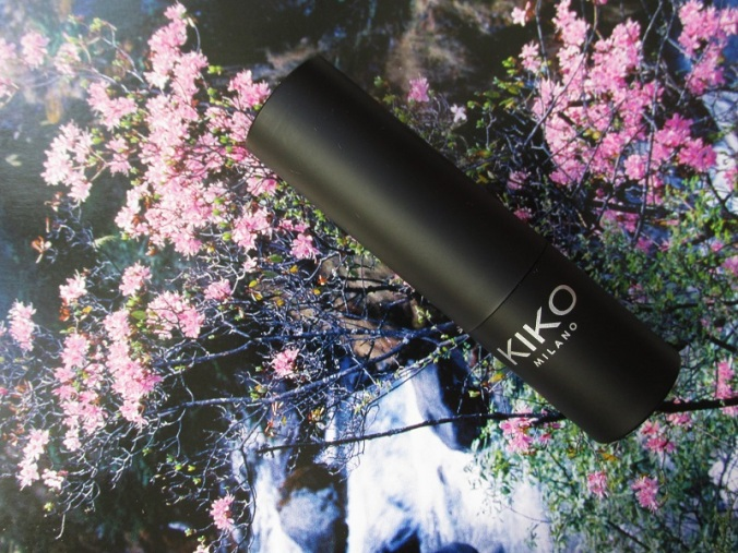 KIKO Smart Lipstick Marsala 926 (1)