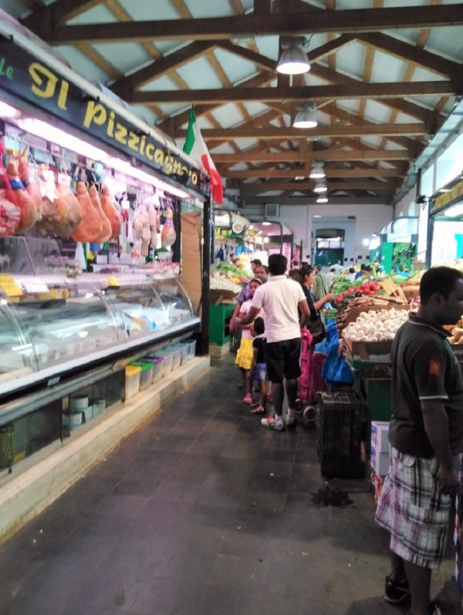 Personal Citytrip Italy – Rome Vegetable Market