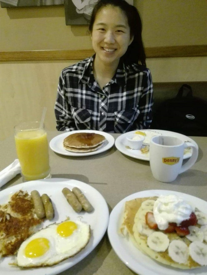 dennys-breakfast-toronto-canada